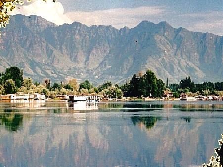 Nagin Lake, Kashmir